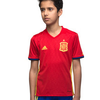 Upto 70% OFF on Boy's Clothing Orders