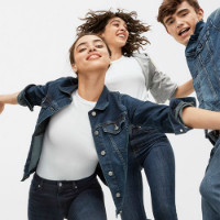 NNNOW: Flat 50% OFF on Exclusive Gap Collections