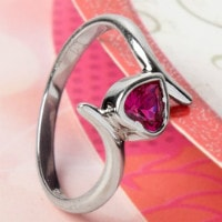 Upto 40% OFF on Women's Silver Jewellery