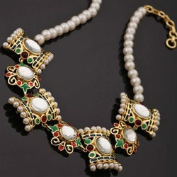 Minimum 50% OFF on Pearl Jewellery !