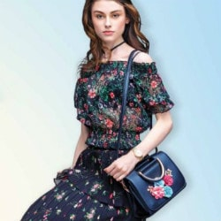 Lifestyle: Upto 50% OFF on Women's Ethnicwear